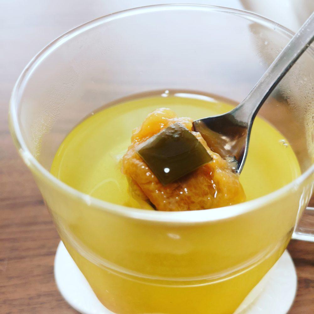 カテキンがいっぱいの緑茶と一緒に 緑茶梅湯